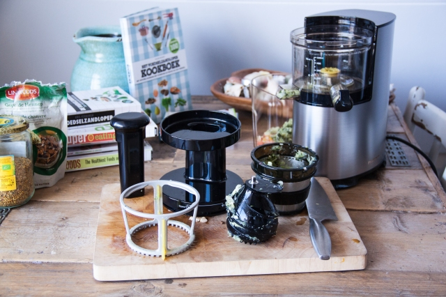 Andy Slow Juicer Review : Review // Slow Juicer ft. Sapcentrifuge - Moderne Hippies