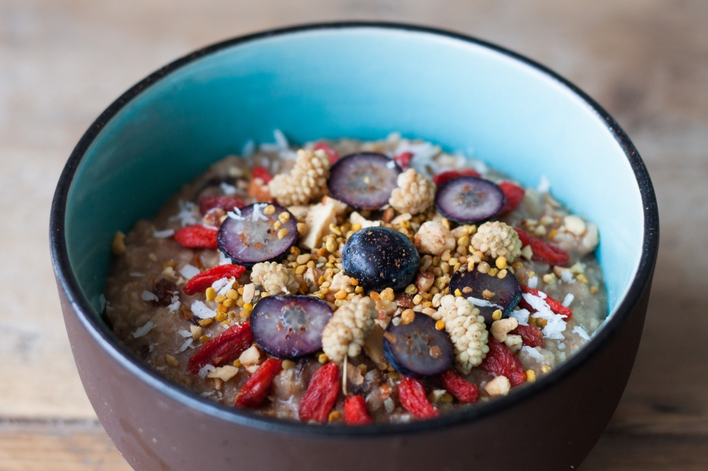 Creamy Banana Oatmeal with Superfoods // by Rosalie Ruardy