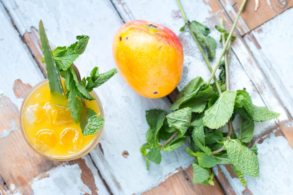 Mango Maple Soda // Mocktail by Rosalie Ruardy for Fairminds