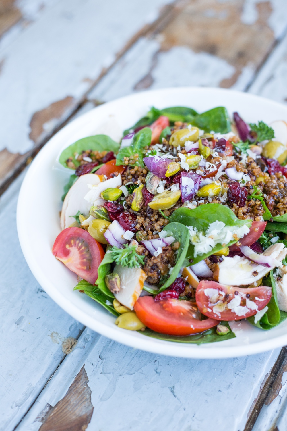 Quinoa Salad with Smoked Chicken and Lime Juice // Recipe by Rosalie Ruardy