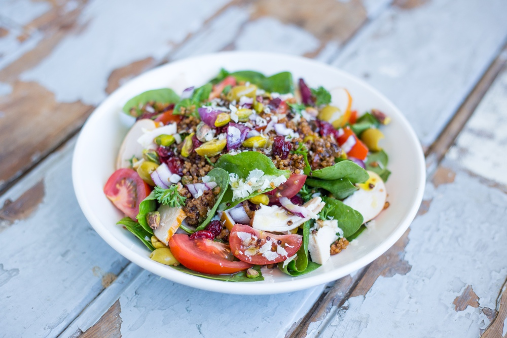 Quinoa Salad with Smoked Chicken & Lime Juice // Recipe by Rosalie Ruardy